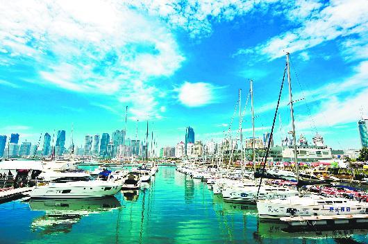 □CFP供稿  青岛奥帆中心周围的碧海蓝天美景。
