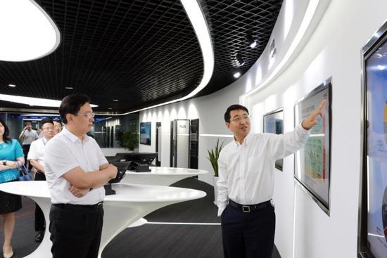 陈飞市长走访紫光集团、新华三集团