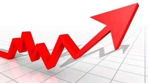 山东服务业领跑经济增长,上半年增加值占GDP比重超五成