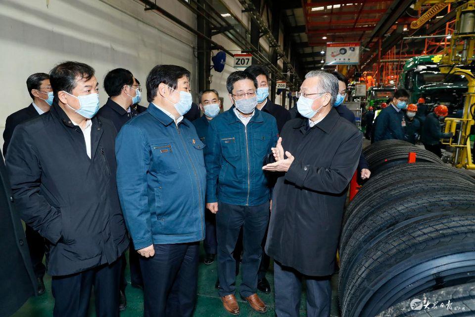 刘家义在济南调研企业复工复产工作时强调 统筹