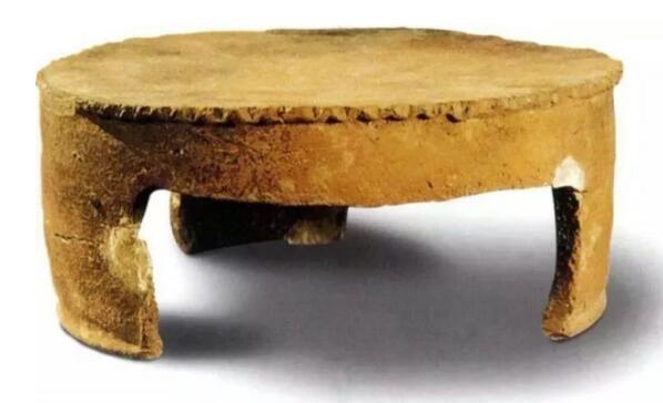 仰韶文化遗址出土的鏊子